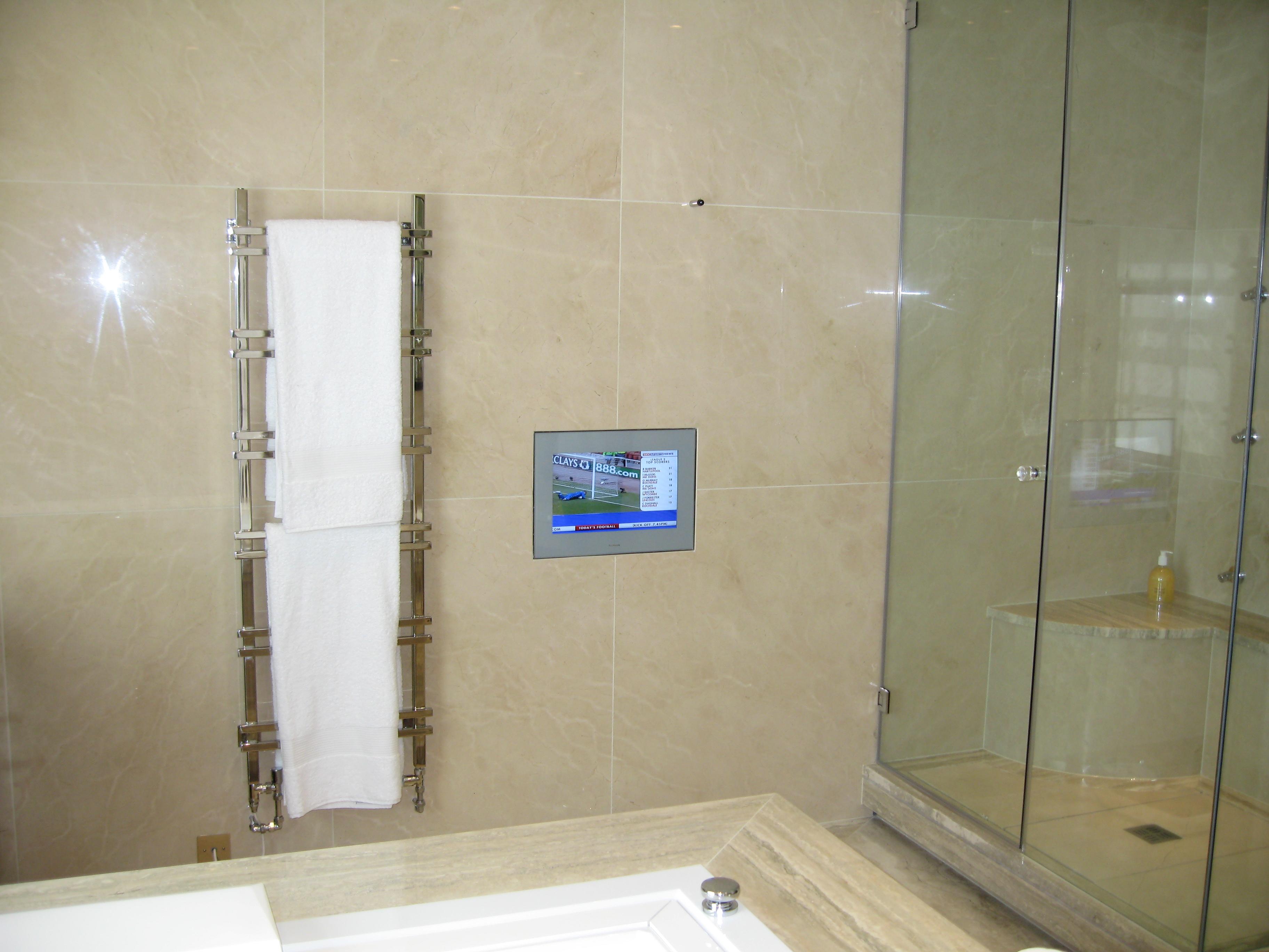 TV łazienka III